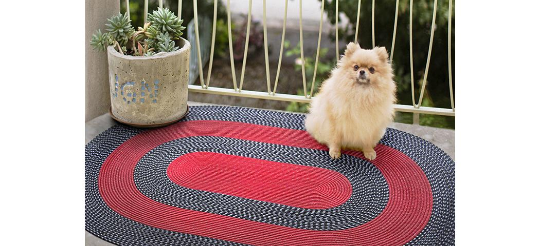 Dywany przed domem — zastosowanie chodników na tarasie, werandzie