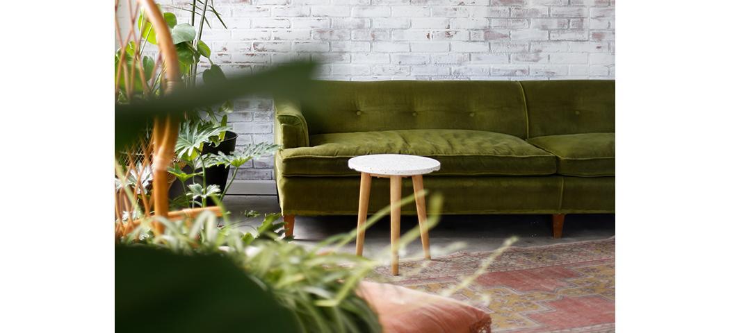 Jaki dywan do zielonej kanapy?