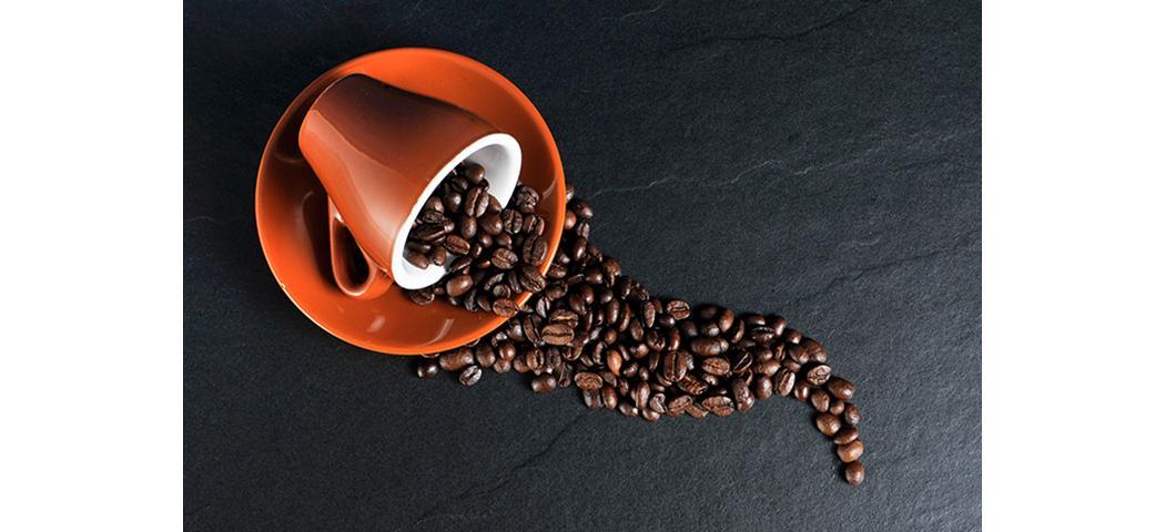 Jak Z Dywanu Usunąć Plamę Po Kawie